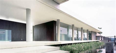 Ferry Ridwan by Project Bukit Golf Club House Desain Arsitek Oleh Antony