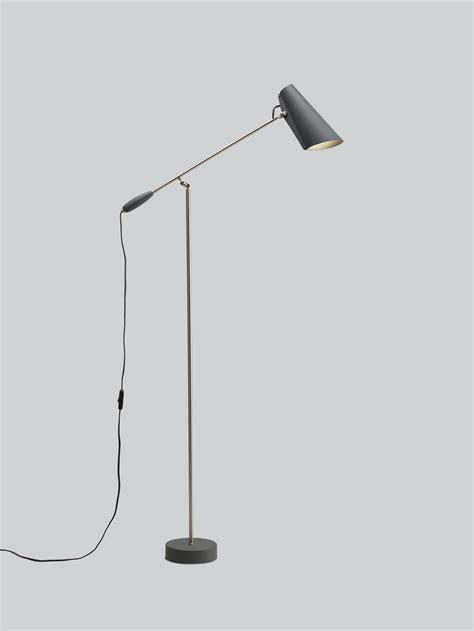 Northern Birdy Floor Lamp   von goodform.ch
