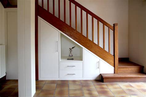amenagement bureau sous escalier rangement sous escalier comment am 233 nager votre int 233 rieur
