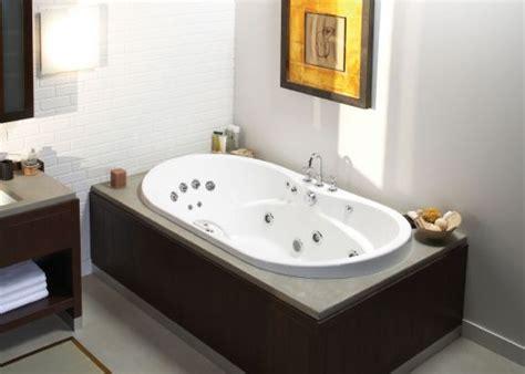Whirlpool Bathtubs On Sale by Maax Living 7236