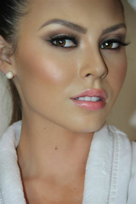 Maquillage Simple Yeux Marrons 60 Id 233 Es Pour Le Maquillage Yeux Marrons