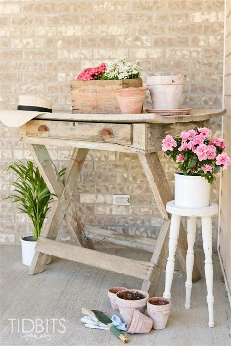 thrift store plant stand makeover diy plant stand