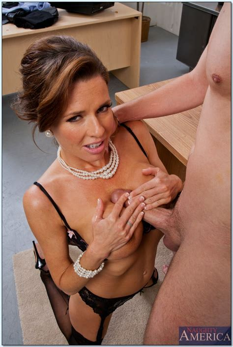 Glamorous Milf Porn Star Veronica Avluv Hard Bange
