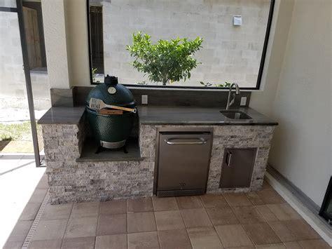 green egg kitchen the big green egg outdoor kitchen outdoor kitchens 1372