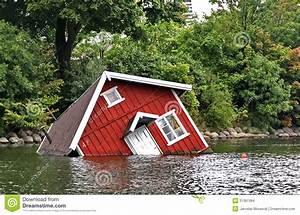 Wasser Entkalken Haus : rotes haus unter wasser in malm stockbilder bild 31361384 ~ Lizthompson.info Haus und Dekorationen