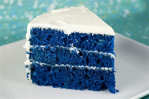 blue velvet cake  sprinkles  top
