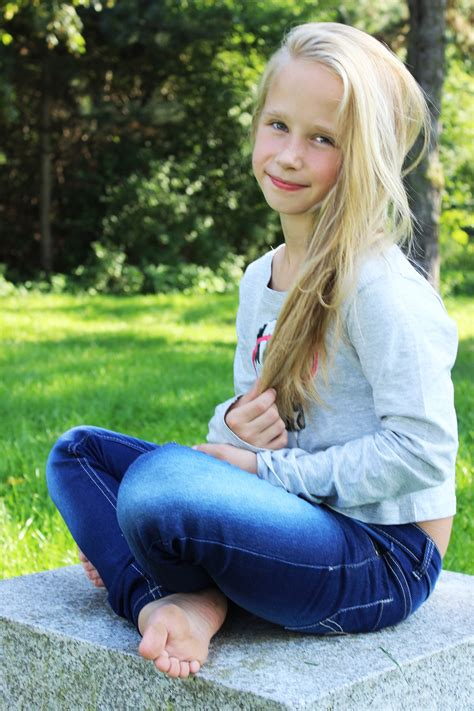 imgarc ru young girls heels images - usseek.com