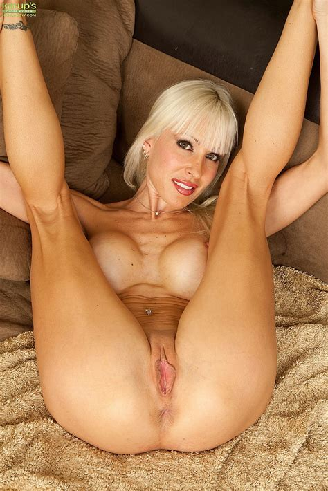 White Haired Milf Jade Tease And Rub Her Clit Milf Fox