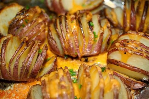 comment cuisiner les pommes de terre 4 façons de cuisiner les pommes de terre au four