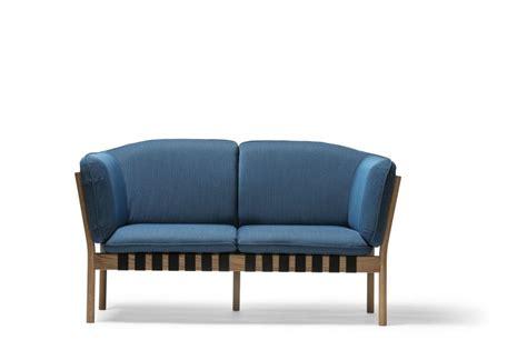 canapé bois et tissu magnifique canapé lounger dowel design scandinave en tissu