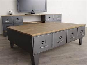 Pied De Table Basse Metal Industriel : table basse industrielle anciens tiroirs m tal et bois ~ Teatrodelosmanantiales.com Idées de Décoration