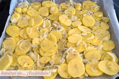 merluza al horno  patatas panaderas  cebolla recetas