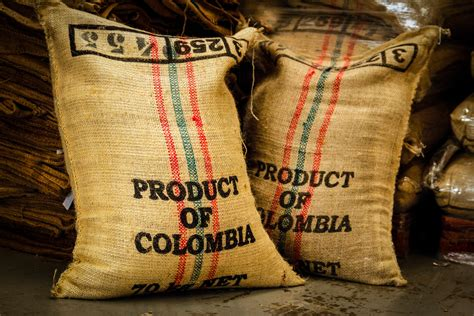 cafe en granos seleccion premium  excelso colombia