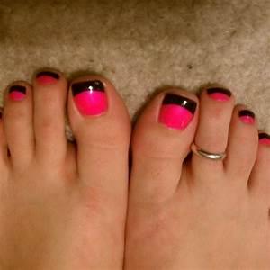 Pink nails black tips. Simple nail art | Nails | Pinterest