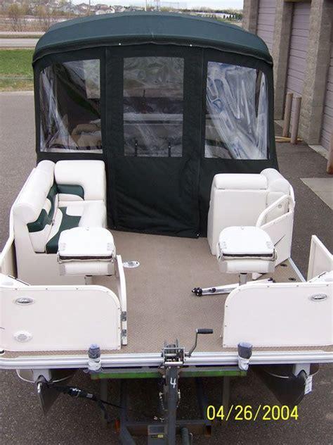 Bennington Pontoon Boat Cer Enclosure by Custom Pontoon Boat Enclosures Minnesota Pontoon Covers
