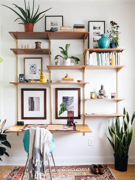 emejing decoration de salon images des étagères dans le salon cocon de décoration le