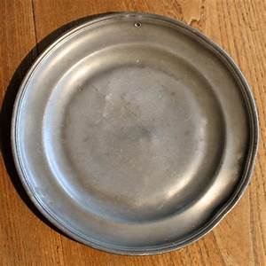 18th century English pewter plate Pewter / Brass / Copper
