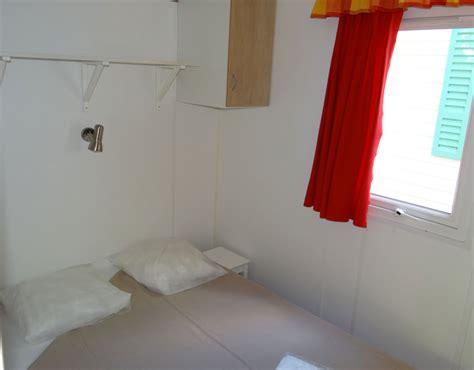 chambre 4 personnes mobil home o 39 phea 4 6 personnes avec terrasse couverte