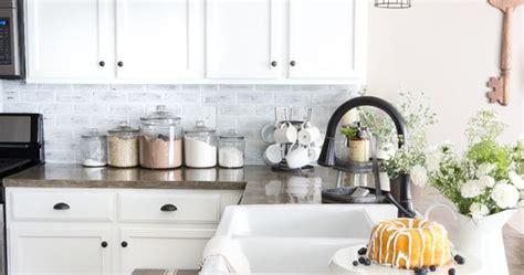 tile kitchen backsplash photos diy whitewashed faux brick backsplash faux brick 6161