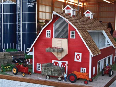 1/16-scale Model Scores First Place