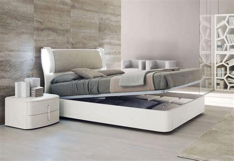 40 Elegant Italian Bedroom Furniture Ideas Verabana