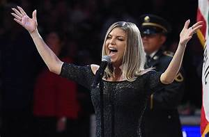 The Internet Destroyed Fergie's Wild Performance Of The ...