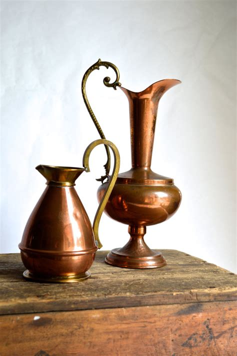 antique copper vase 15 ways to incorporate copper into your home decor 1264