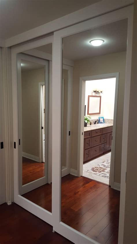 mirrored closet doors   mirror closet doors