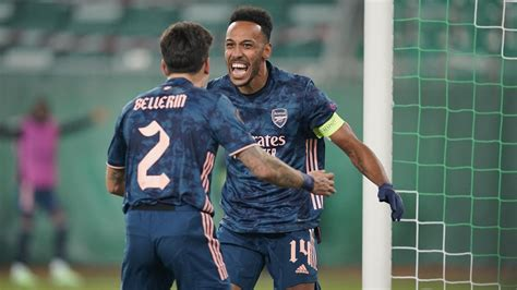 Aubameyang-inspired Arsenal come back to beat Rapid Wien ...