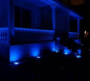 Led Spots Außenbeleuchtung : au enbeleuchtung f r haus und gartenwege design leuchten mit attraktiven eindruck ~ Markanthonyermac.com Haus und Dekorationen