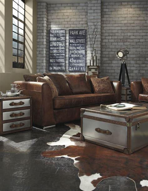 table de salon vintage table basse industrielle en coffre vintage et tapis
