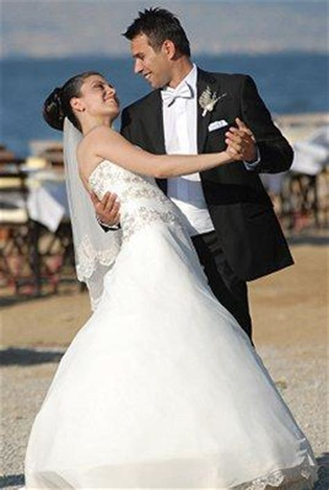 beach wedding attire   groom lovetoknow