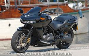 Moto Honda Automatique : aprilia mana gilera gp800 honda dn 01 vive les hybrides automatiques motostation ~ Medecine-chirurgie-esthetiques.com Avis de Voitures