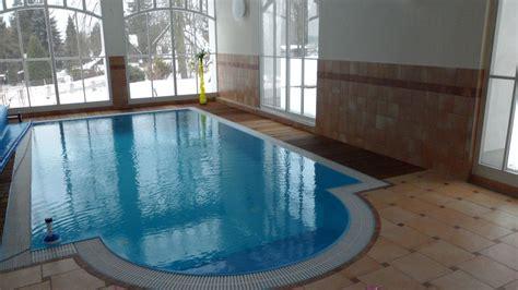 Pool Im Haus by Quot Pool Im Haus Quot Wellness Pension Altes Kurhaus L 252 Ckendorf