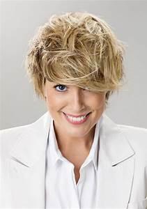 Coupe Femme Courte Blonde : coupe courte femme 50 ans ~ Carolinahurricanesstore.com Idées de Décoration