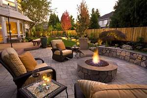 great patios courtyards and outdoor livingrooms paver With amenagement terrasse exterieure design 8 foyer exterieur conseils de construction et 48 photos super