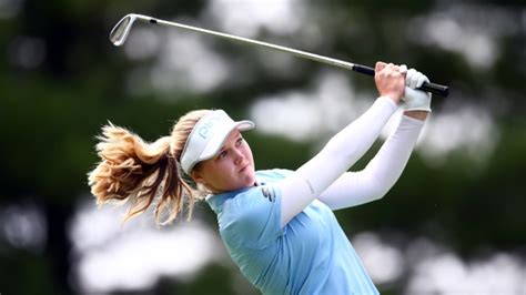 Brooke Henderson lights up back-nine to get within two ...