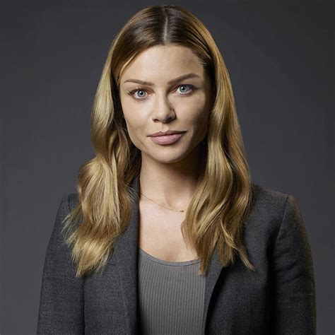 actress lauren german opens up about her lesbian role on chicago fire her dating history and
