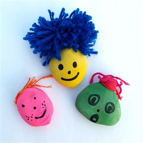 einfaches basteln mit kindern knautschgesichter aus luftballons
