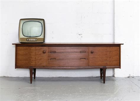 retro furniture 5 tips to remember on your vintage furniture shopping trip