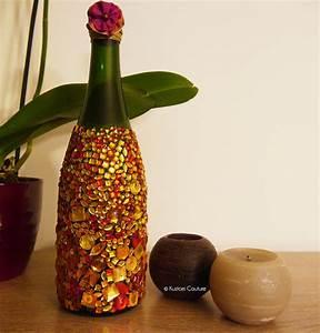Bouteille De Verre : diy d co customiser une bouteille en verre avec des strass kustom couture ~ Teatrodelosmanantiales.com Idées de Décoration