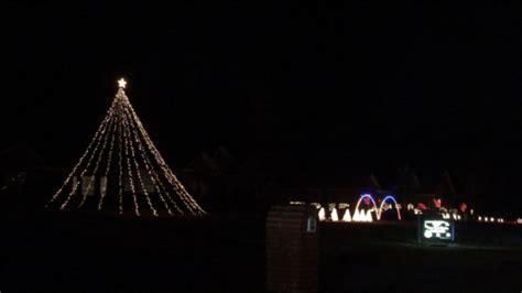 texarkana citizens go all with christmas lights synced