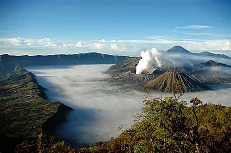 gunung bromo salah satu gunung terindah  dunia