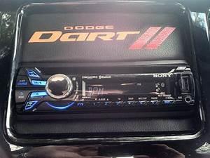 2013 Dodge Dart Radio