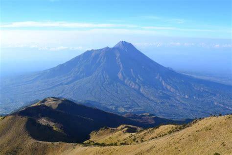 gunung tertinggi  indonesia halaman  kompascom