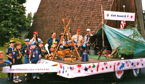 cub scout parade floats google search boyscouts