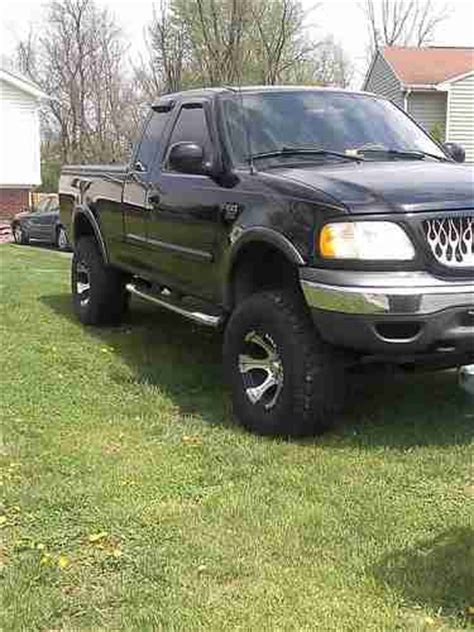 purchase   ford   xlt  door extended cab pick