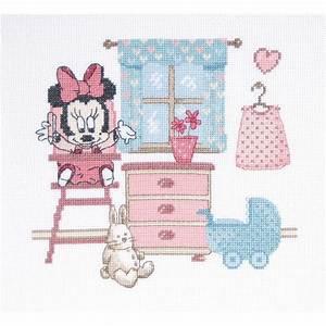 broderie chambre de minnie bebe disney de dmc bl907 70 With affiche chambre bébé avec tapis de fleurs pour le dos avis