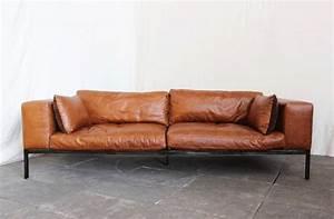Canapé Vintage Cuir : canap cuir canap cuir vintage canap cuir marron canap vintage marron canap cuir vintage ~ Teatrodelosmanantiales.com Idées de Décoration