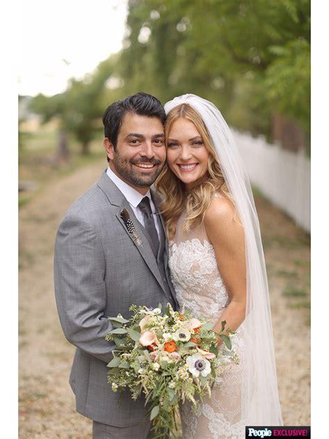 amy purdy daniel gale  bohemian wedding peoplecom